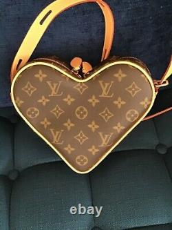 Authentic NEW Limited Edition Louis Vuitton Game On Coeur Heart Bag