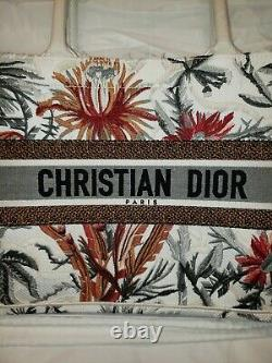 CHRISTIAN DIOR BOOK TOTE LIMITED EDITION, EMBROIDERED COTTON Bag, NEW