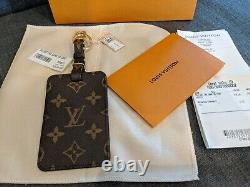 Collectible LIMITED EDITION Louis Vuitton Game On Luggage Tag Bag Charm 2020