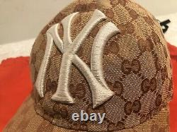 NWT Gucci x NY Yankees GG Supreme Adjustable Baseball Cap Limited Edition