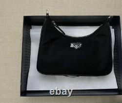 NWT Prada Re-Edition 2005 nylon bag