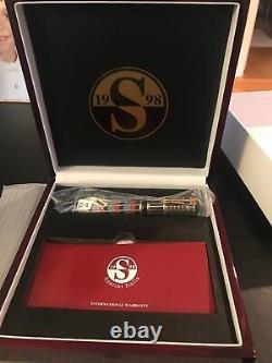Santini Italia King Tut Limited Edition Fountain Pen. Edition 88. Gold Nib