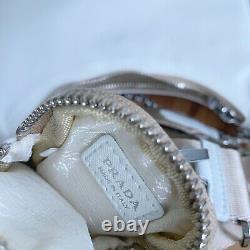 À L'heure! Réédition De Prada 2005 Blanc Nude Nylon Tessuto Sac De Croix-corps D'épaule
