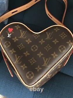 Authentic New Limited Edition Louis Vuitton Jeu Sur Coeur Heart Bag