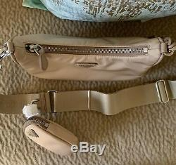 Authentique Brand New Prada Réédition 2005 Beige Logo Cross Body Bag Épuisé