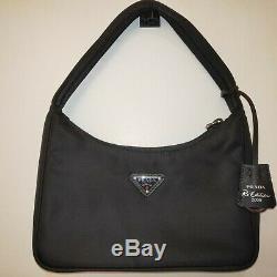 Brand New Prada Réédition 2000 Nylon Mini Bag Nero Noir