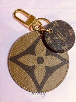 Collection Limited Edition Louis Vuitton Reverse Monogram Bag Charm. Bnib (bnib)