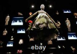 Édition Spéciale Alexander Mcqueen'savage Beauty' Capsule Scarf Collection