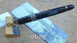 Nouveau Delta Venezia Limited Edition Fountain Pen & Base Broad 18k Nib