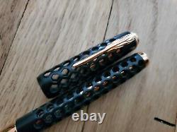 Pineider Honeycomb Black Prince Gold Rose Fountain Pen Edition Limitée