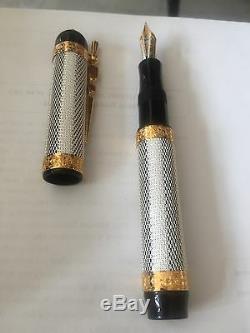 Visconti Camelot Limited Edition Noir Fountain Pen 976/999 Medium Nib
